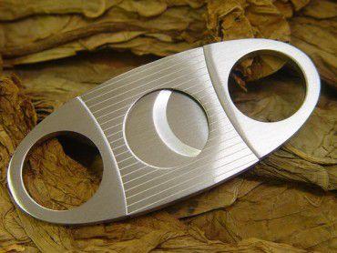 Zigarrenabschneider Linien Design chrom